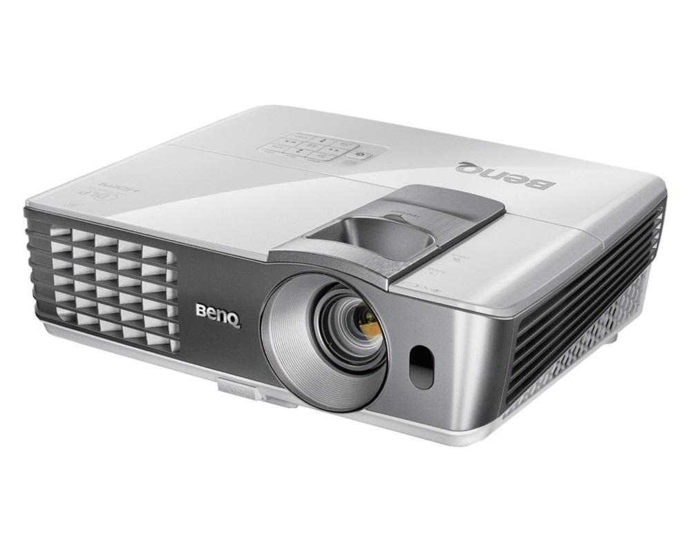 Projektor BenQ W1070 Projektor, Full HD, 2000 ANSI, 10000:1, 2x HDMI 9H.J7L77.17E