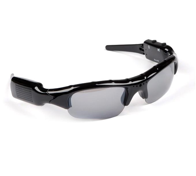 Sluneční brýle s DVR kamerou Sluneční brýle s mikrokamerou a slotem na SD karty, rozlišení 720p DVRBRYLE