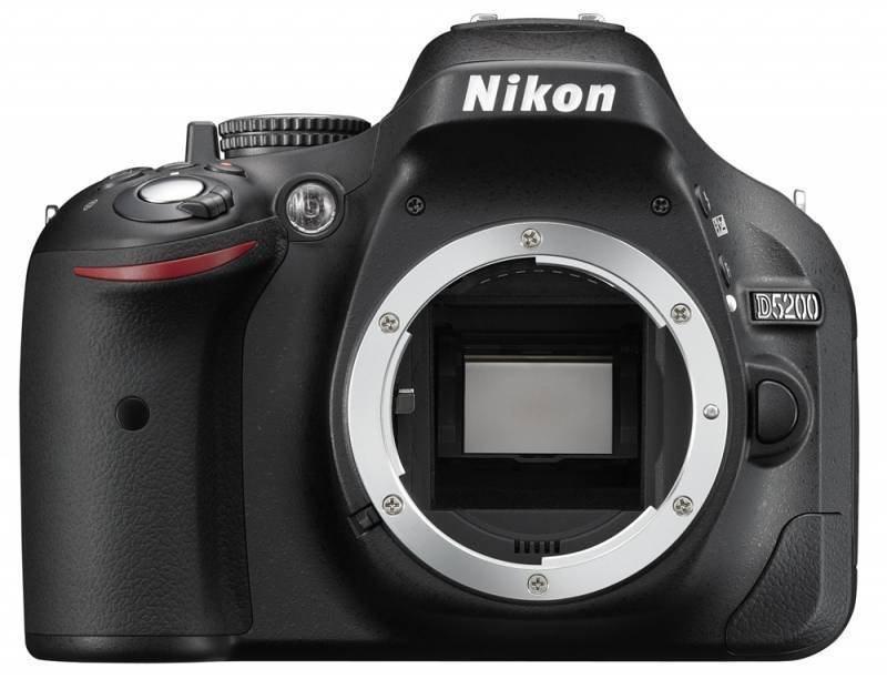 Digitální zrcadlovka Nikon D5200 tělo Digitální zrcadlovka, pouze tělo, černá barva VBA350AE