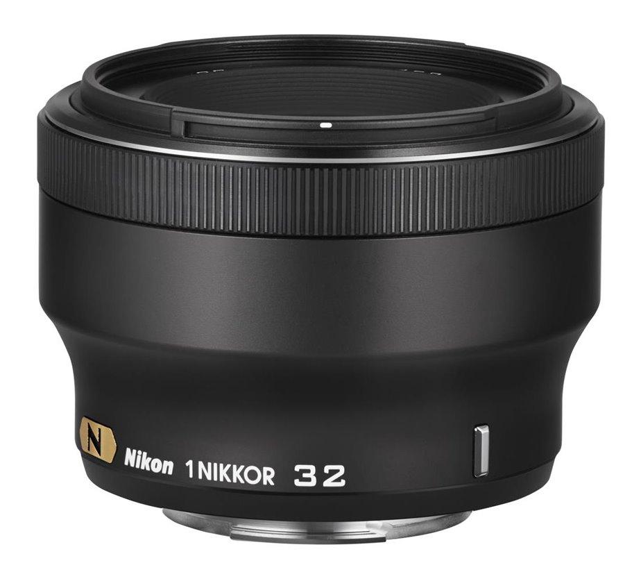 Objektiv Nikon 1 NIKKOR 32 mm f/1,2 Objektiv, 32 mm, f/1,2, černý JVA301DA