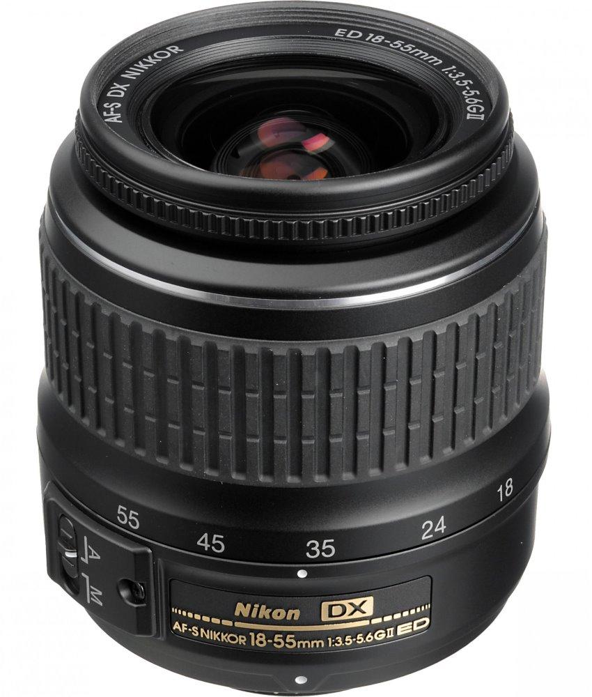 Objektiv Nikon AF-S NIKKOR 18-55mm f/3,5-5,6 DX VR Objektiv, 18 - 55 mm, f/3,5-5,6G, AF-S, DX, VR, II JAA820DA