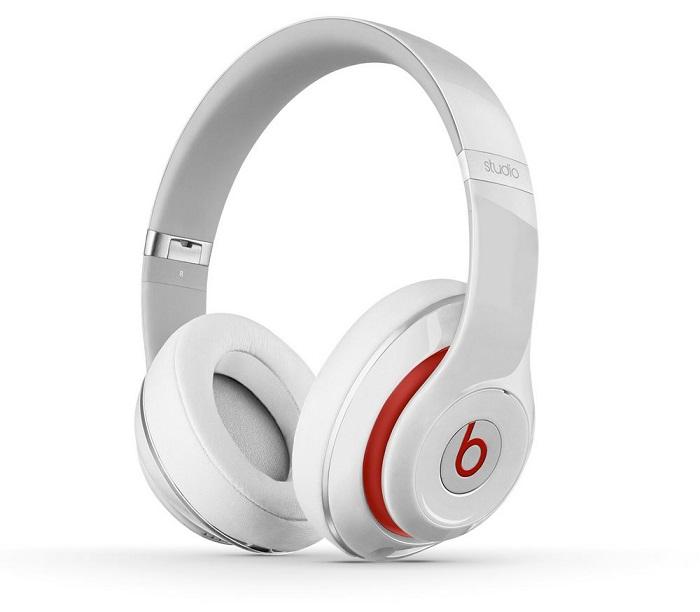 Sluchátka Beats by Dr. Dre Studio 2.0 bílá Sluchátka, drátová, náhlavní, uzavřená, pouzdro, White MH7E2ZM/A