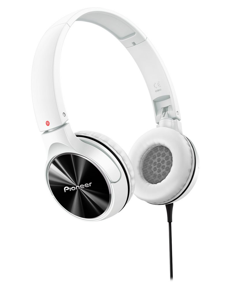 Sluchátka PIONEER SE-MJ532-W Sluchátka, náhlavní, uzavřená, 10Hz-30kHz, 32ohm, 1000mW, 105dB, 115g, měnič 40mm, kabel 1.2m, bíločerná SE-MJ532-W
