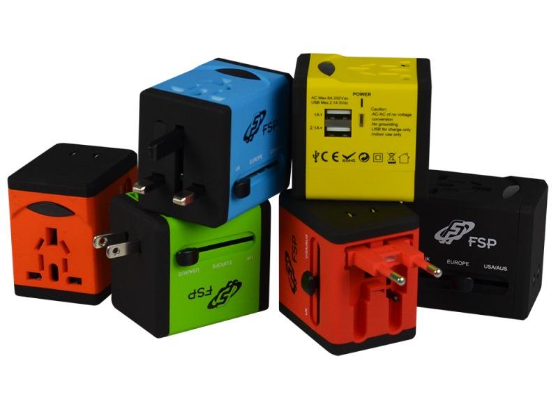 Univerzální cestovní adaptér FORTRON NT580 oranžov Univerzální cestovní adaptér UK / US / AUS / EU, 4 univerzální zástrčky, oranžová FSPNT580OG