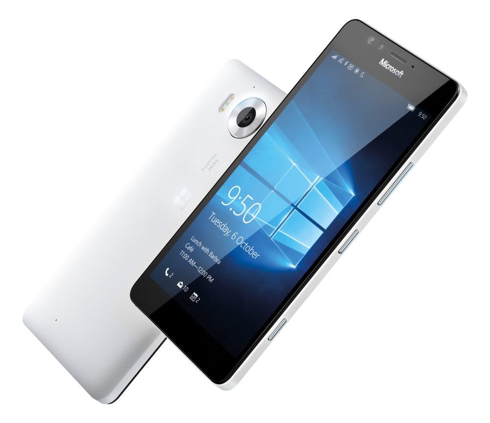 Mobilní telefon Microsoft Lumia 950 Mobilní telefon, dotykový, 5.2 AMOLED, 3GB RAM, 32GB, Win10, bílý A00026264